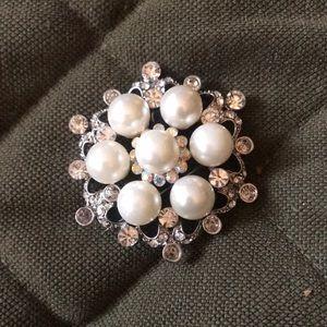 Jewelry - Brooch. Wedding